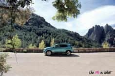 Volkswagen T-Cross 2019 profil jantes 17 pouces bleu SUV