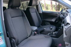 Volkswagen T-Cross intérieur sièges avant