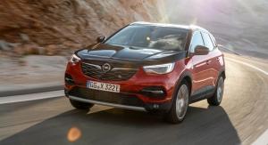 Opel Grandland X Hybrid4 avant capot calandre