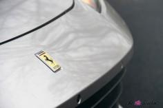 Ferrari GTC4 Lusso capot détail logo calandre