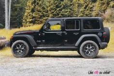 Jeep Wrangler Unlimited Rubicon 2019 profil jantes pneus tout-terrain quatre portes