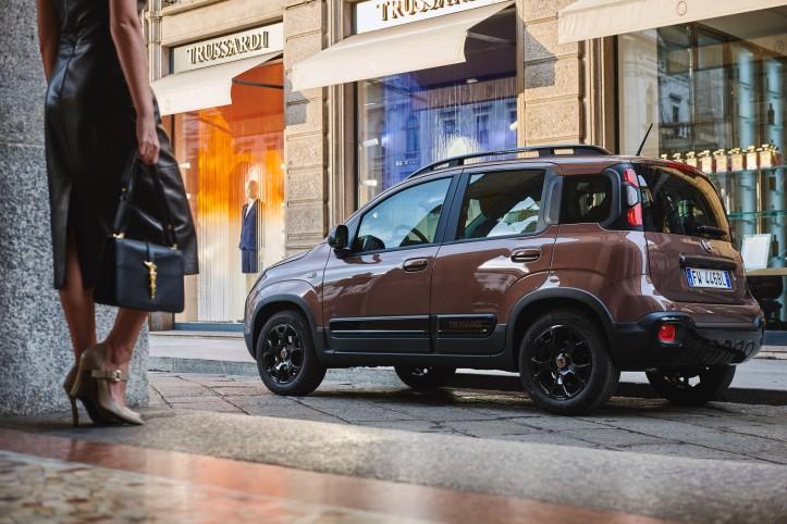 Fiat Panda City Cross Trussardi arrière jantes bouclier