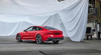 Audi RS7 Sportback 2019 échappement bouclier diffuseur