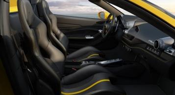 Ferarri F8 Spider 2019 intérieur sièges