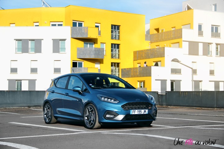 Essai Ford Fiesta ST 2019 statique face avant calanre