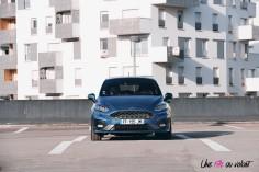 Essai Ford Fiesta ST 2019 face avant feux optiques capot