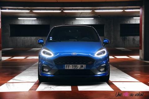 Essai Ford Fiesta ST 2019 feux avant signature lumineuse