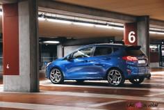 Essai Ford Fiesta ST 2019 arrière feux jantes becquet bleu performance
