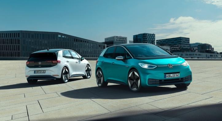 Volkswagen ID.3 2019 voiture électrique compacte bleu