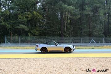 Essai Abarth 124 GT profil jantes 17 pouces