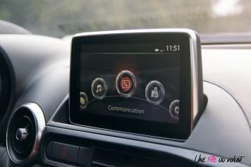 Essai Abarth 124 GT intérieur écran 7 pouces