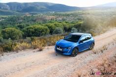 Essai Peugeot 208 2019 bleu vertigo statique jantes