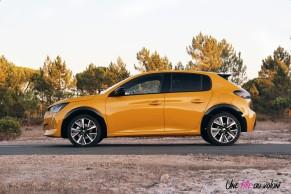 Essai Peugeot 208 2019 jaune faro GT Line profil jantes 17 pouces
