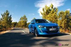 Essai Peugeot 208 2019 face avant dynamiques signature lumineuse LED