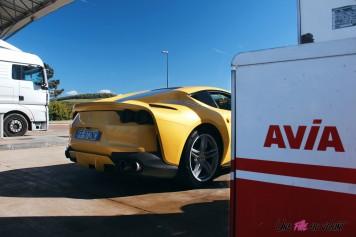 Road-Trip Ferrari Paris-Mulhouse 812 Superfast arrière station service lifestyle