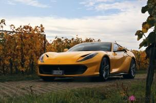 Road-Trip Ferrari Paris-Mulhouse 812 Superfast face avant statique jaune détail