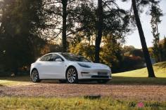 Essai Tesla Model 3 Performance 2019 profil jantes statique